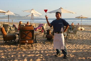 waiter at los cerritos beach, todos santos