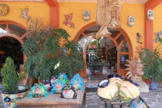 Talavera Ceramics Retail Outlet in Hildago