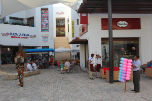 La Fiesta contemporary retail mall