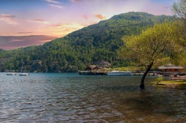 Lake Lacar, San Martin